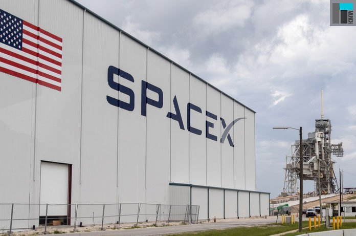 Read the latest AI blog to know everything about SpaceX's Falcon Heavy launch.