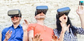Three people using VR | iTMunch
