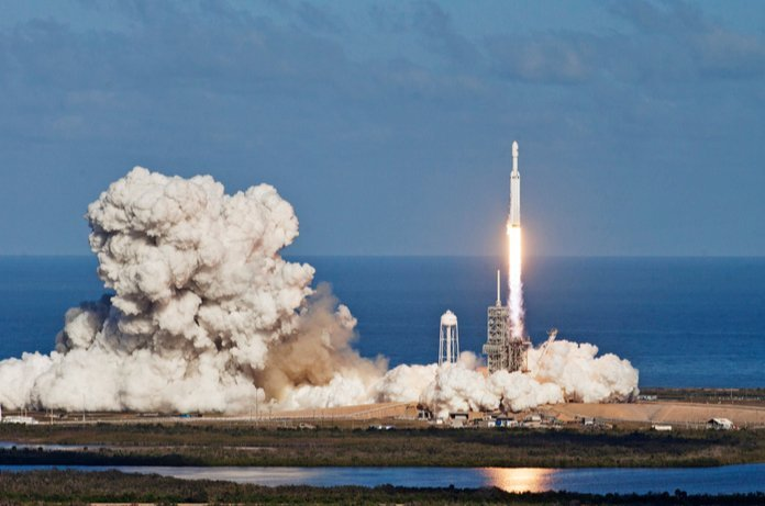 Read iTMunch;s latest news about SpaceX satellites.
