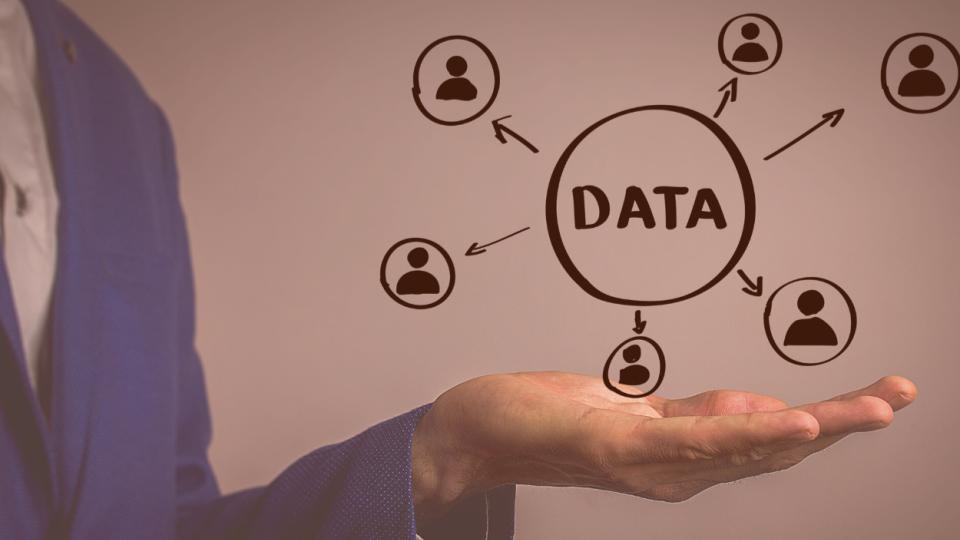 Data in hand | iTMunch