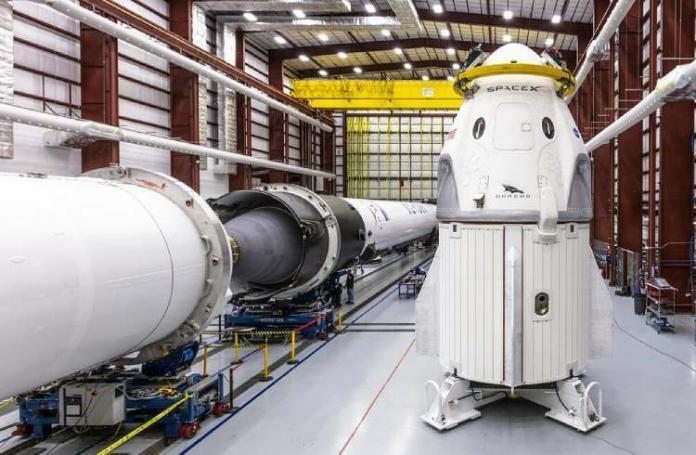 Crew Dragon & Falcon 9   iTMunch