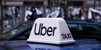 Uber logo on the cab I iTMunch