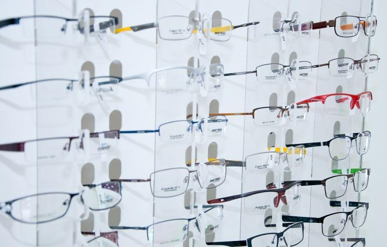 Vision Direct celebrates 1 million virtual try-ons for glasses