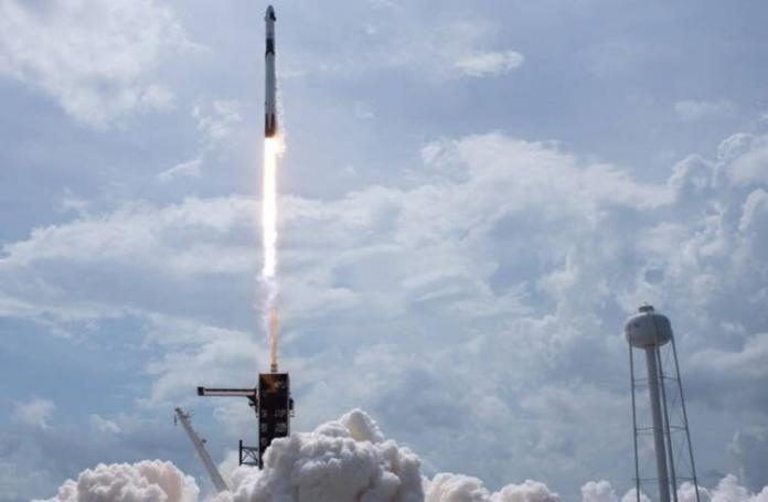 SpaceX and NASA successfully launch Crew Dragon   iTMunch