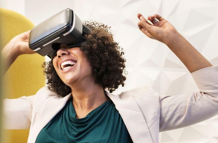 AR/VR Headset, gaming technology | iTMunch