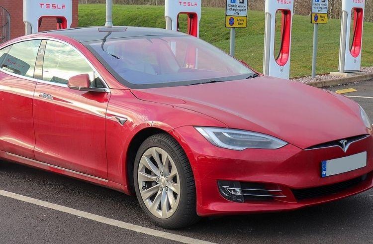 Companies owned by Elon Musk - Tesla | iTMunch