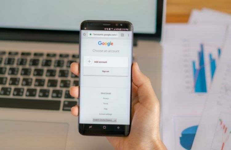Google on smartphone | iTMunch