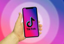 TikTok on smartphone | iTMunch